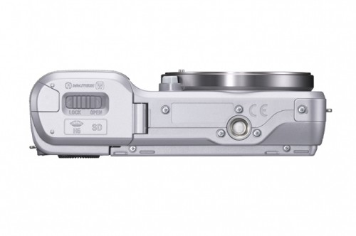 Sony Alpha NEX-3 Silver Bottom view